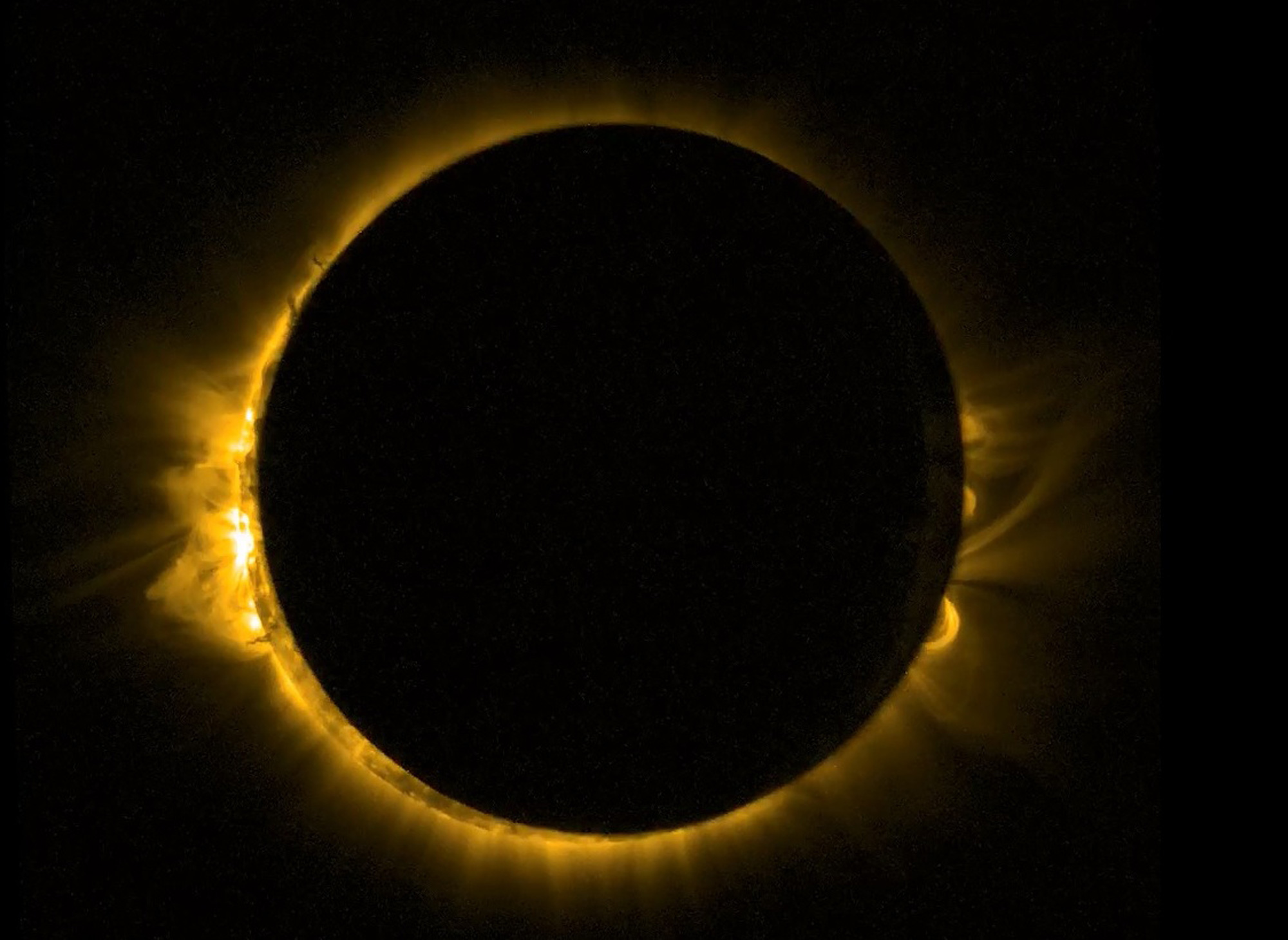 Proba-2_view_of_Europe_s_solar_eclipse_2000.jpg