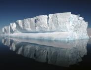 Iceberg droit devant !