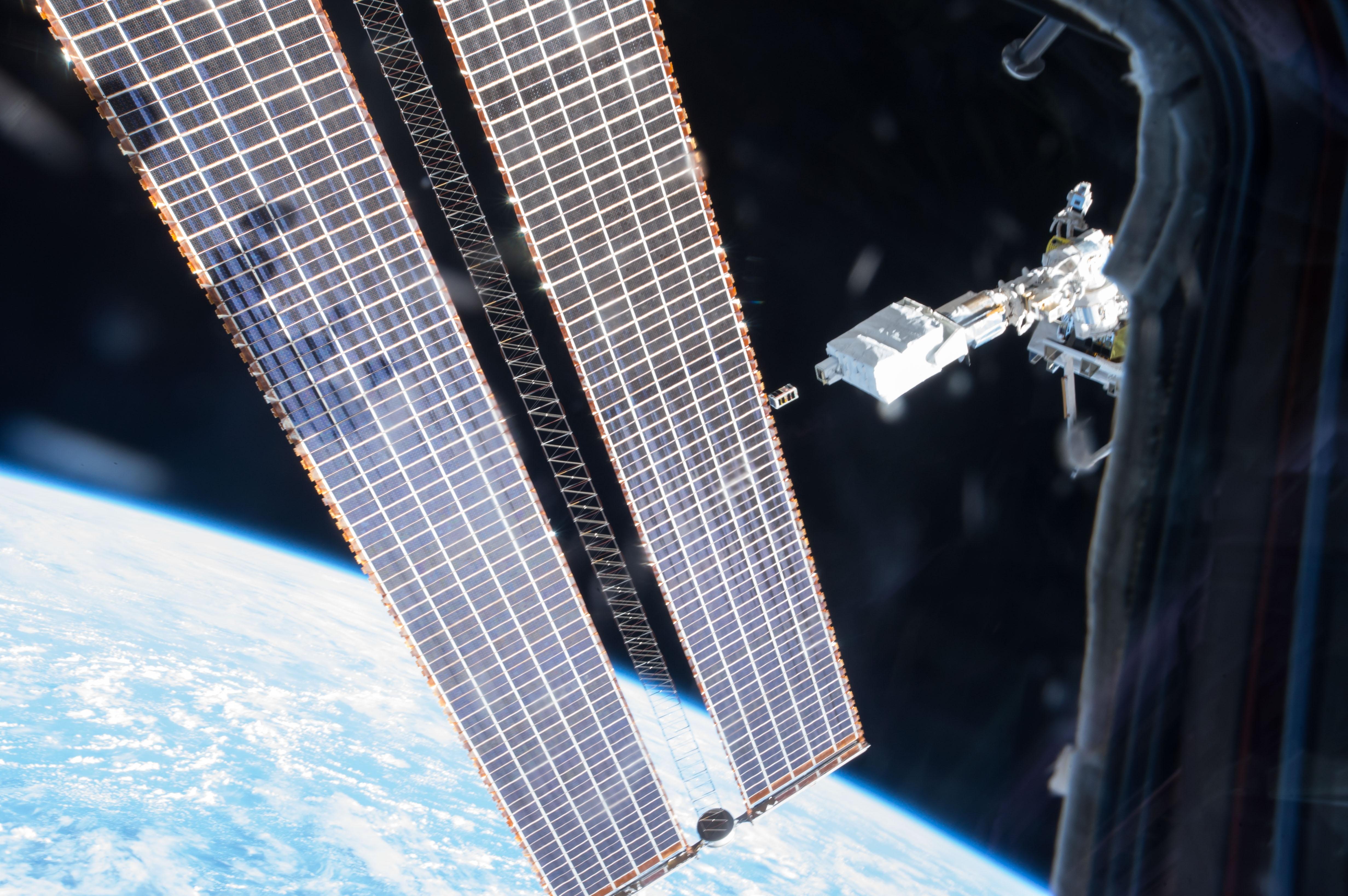 Lancement du nanosatellite STARS-C, 19 décembre 2016