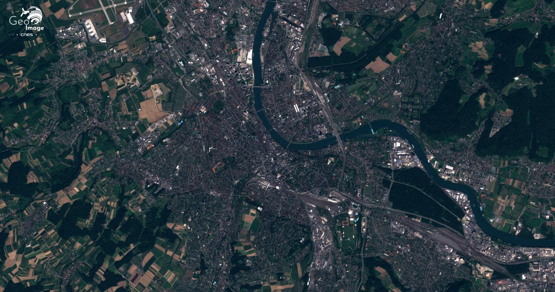 Basilea: una excepcional metrópolis transfronteriza trinacional, Entre Suiza, Francia y Alemania