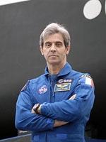 Léopopld Eyharts effectuera un vol orbital de près de 2 mois à bord de l'ISS. Crédit : NASA