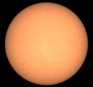 Image du Soleil le 22 juillet faite grâce au télescope SODISM embarqué sur le satellite Picard. Crédits : CNES.