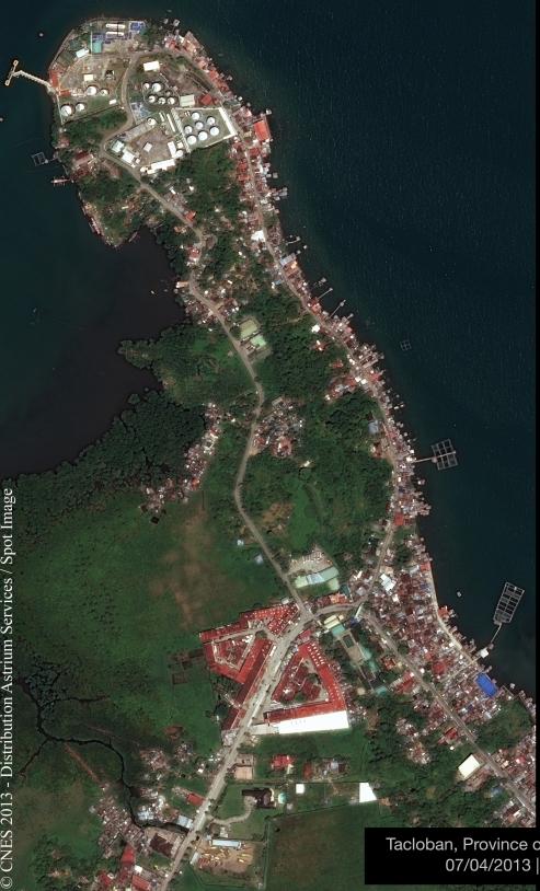 La ville de Tacloban, aux Philippines, vue par les Pléaides