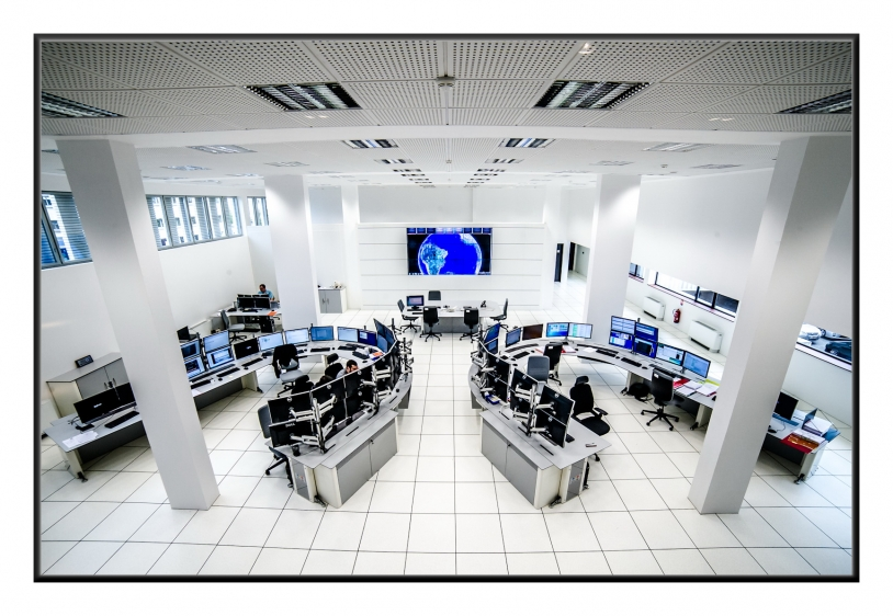 Des centres des opérations spatiales sur le qui-vive H24, basé à Toulouse et à Brest