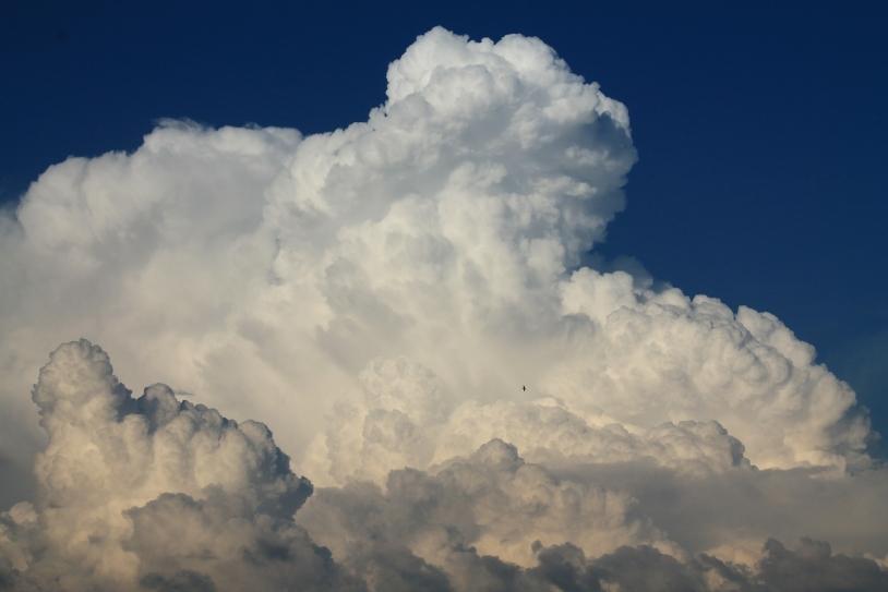 Comment les satellites percent les secrets des nuages