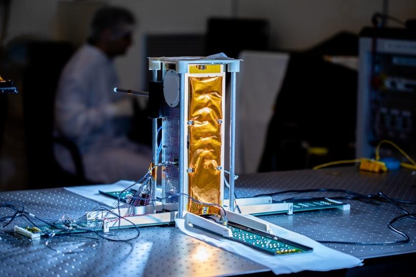 Modèle de vol du nanosatellite EyeSat