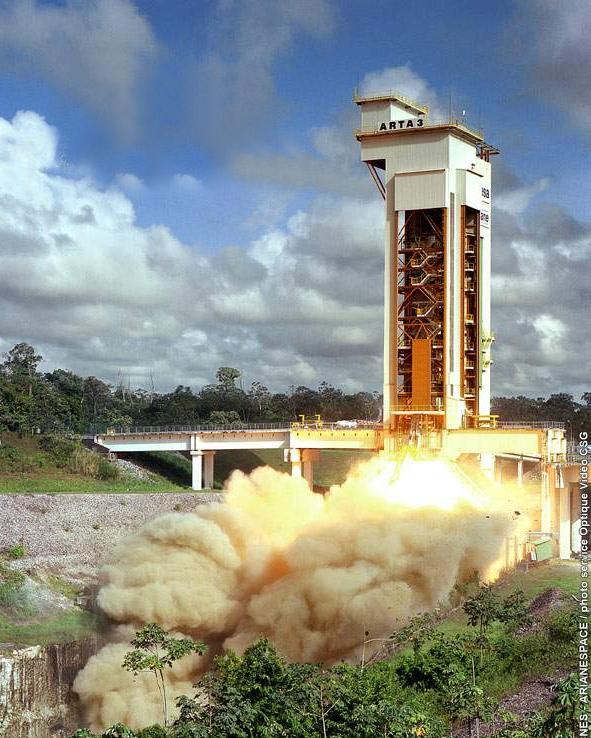 Essai à feu du MPS lors du tir ARTA n°3. Crédits : ESA/CNES/Arianespace