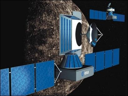 Au 1er plan, l'orbiteur planétaire (MPO – Mercury Planetary Orbiter). Au 2nd plan, l'orbiteur magnétosphérique (MMO - Mercury Magnetospheric Orbiter). Crédits : ESA 2001, Illustration by Medialab