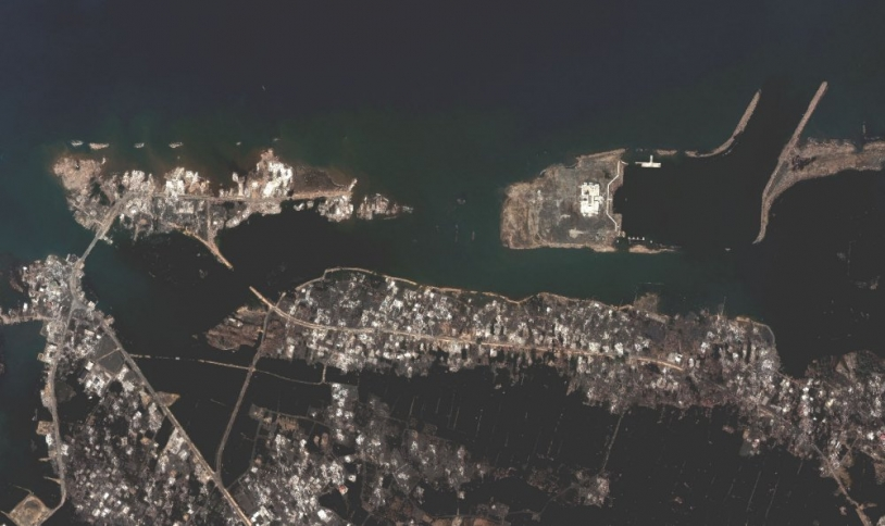 QuickBird view of Banda Aceh after disaster ; credits Digital Globe