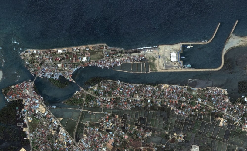 QuickBird view of Banda Aceh before disaster ; credits Digital Globe