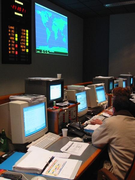 Salle de contrôle ; crédits CNES