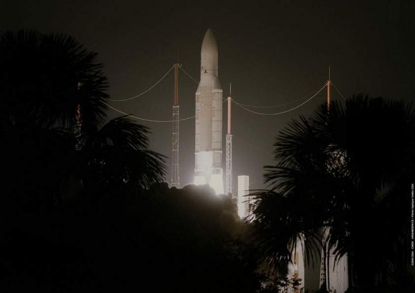 Décollage d'Ariane 5 GS le 13 octobre 2005. Crédits : ESA/CNES/Arianespace