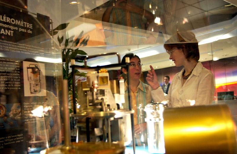 Expliquer l'expérience de Microscope ; crédits CNES