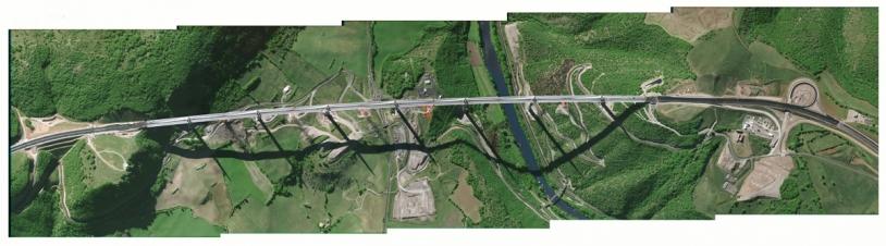 Simulation d'une image Pléiades du Viaduc de Millau. Crédit : CNES/dist. /Spot Image