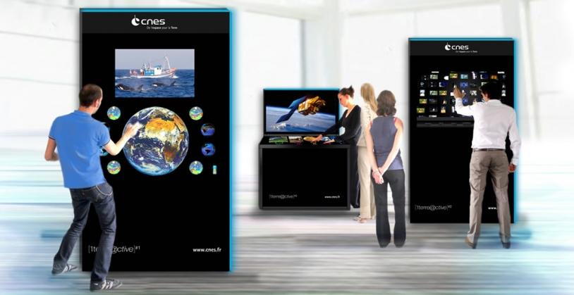 Les dispositifs interactifs proposés par le CNES. Crédits : CNES