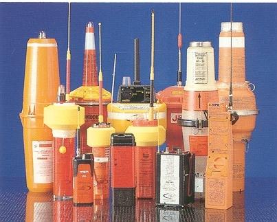 Les balises de détresse du système Cospas-Sarsat. Crédits : Cospas-Sarsat.