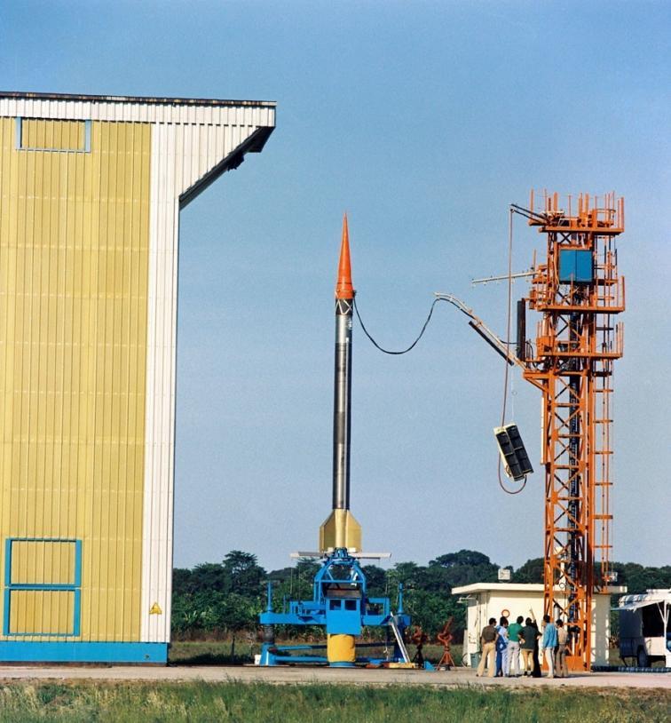 Des fusées Véronique seront également tirées depuis Kourou en Guyane à partir de 1968. Crédits : CNES.