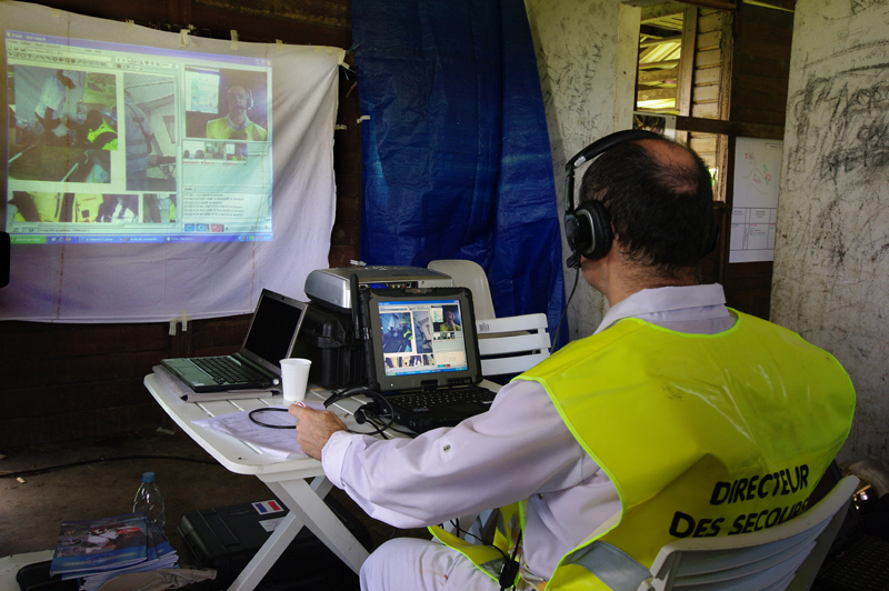 A videoconference link helps to organize emergency response more effectively. Credits: CNES/P. Collot.