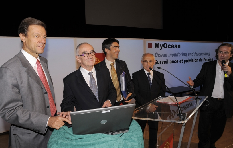 Reinhard Schulte-Braucks, European Commission; Martin Malvy, President of the Midi-Pyrenees regional council; Pierre Bahurel, MyOcean coordinator, and Alain Beneteau, regional council Vice-President in charge of research, in Toulouse. Credits: MyOcean.
