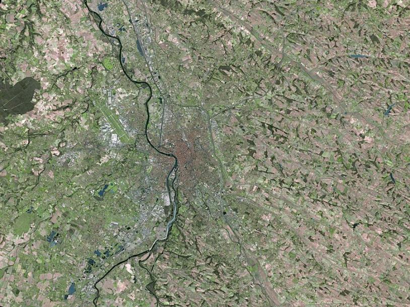 Ville de toulouse vue par le satellite Spot-5. Crédits : Spot Image.