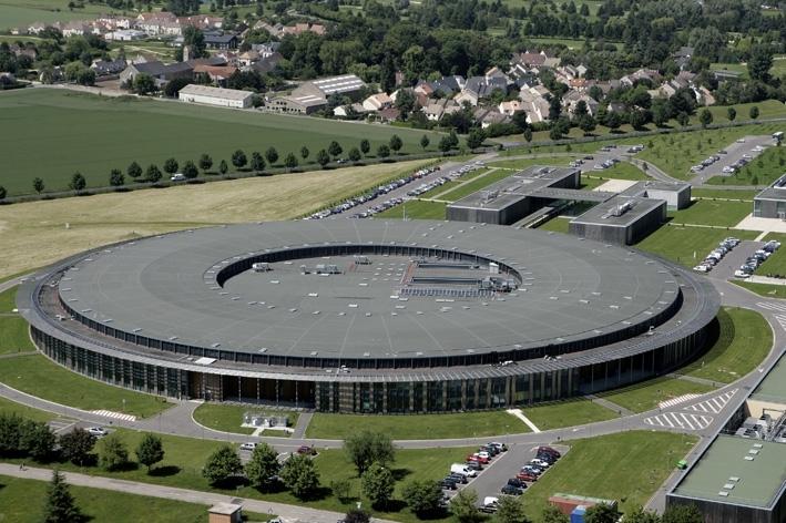 Synchrotron SOLEIL à Saint-Aubin dans l'Essonne. Crédits : Synchrotron SOLEIL.