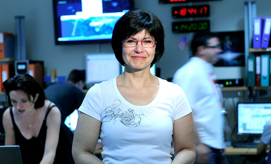 Thérèse Barroso, chef de projet exploitation de Parasol au CNES. Crédits : CNES/E. Grimault 2010.
