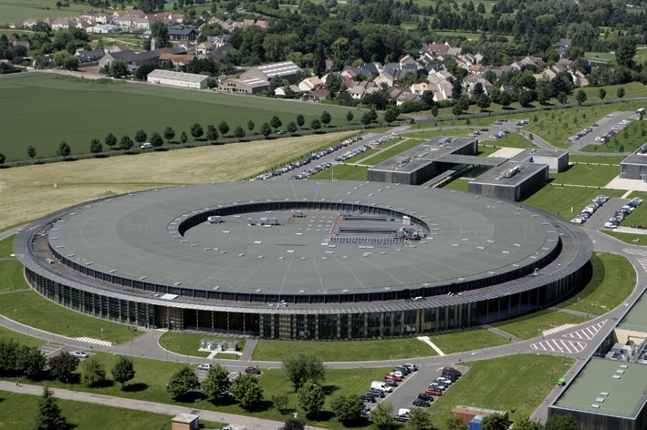 The SOLEIL synchrotron at Saint-Aubin outside Paris. Credits: SOLEIL synchrotron.