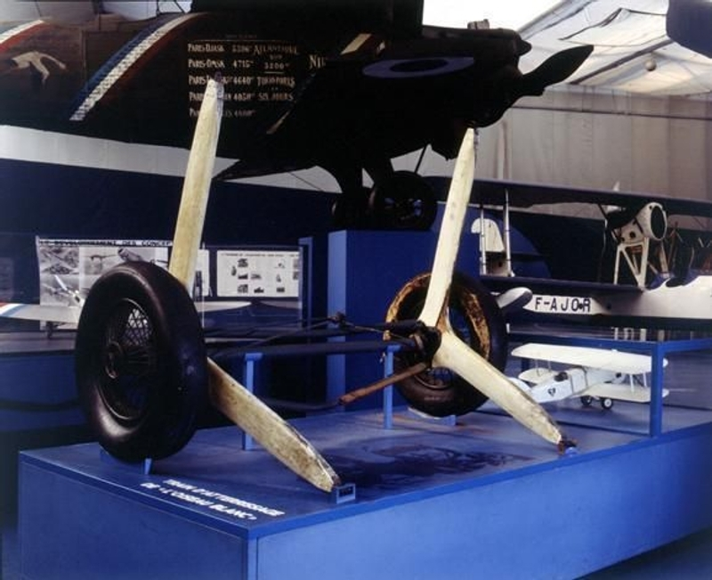 l'Oiseau Blanc's landing gear, which it jettisoned after take-off, is on display at the Air and Space museum at Le Bourget. Credits: Association La recherche de l'Oiseau Blanc.