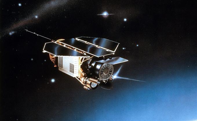 Le satellite allemand ROSAT aura permis de réaliser une cartographie complète du ciel des sources à rayons X dans les années 1990. Crédits : SIPA/EADS Astrium.