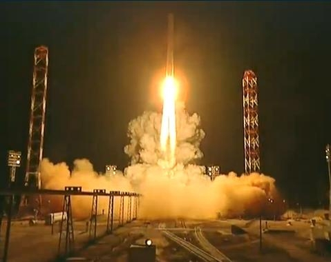 The Russian Phobos-Grunt probe lifts off atop a Zenit launcher from Baikonur on Tuesday at 21:16 CET. Credits: Roscosmos.