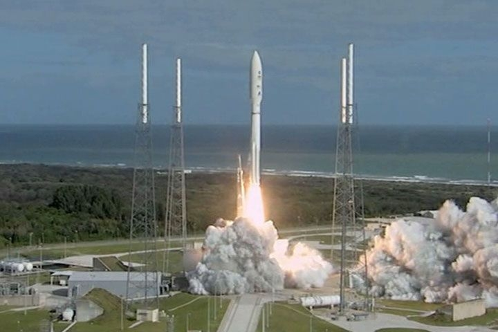 An Atlas V launcher lifts off on 26 November from Cape Canaveral, Florida, with the Curiosity rover. Credits: NASA/JPL-Caltech.