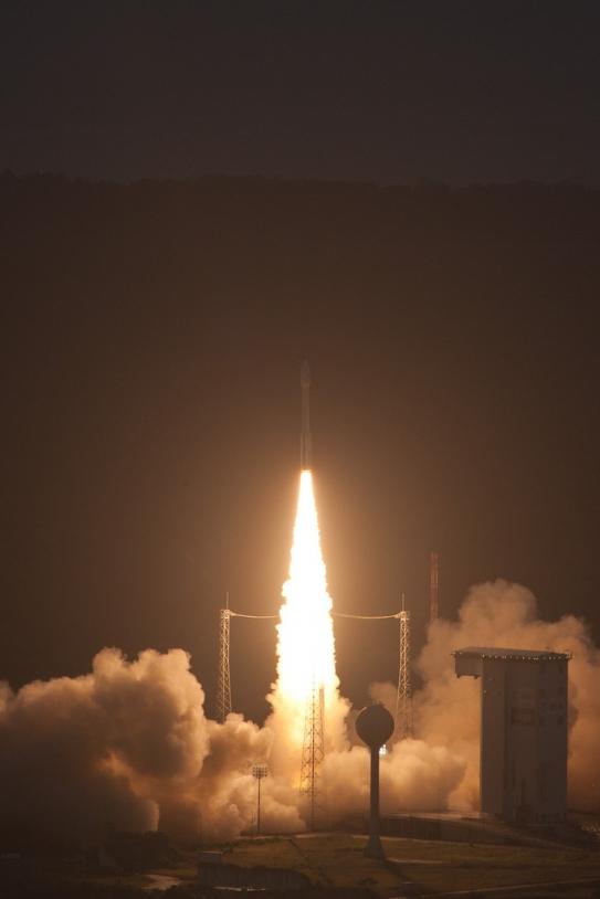 Le 1er tir de Vega a eu lieu aujourd'hui à 11h (heure de Paris). Crédits : ESA - S. Corvaja, 2012.