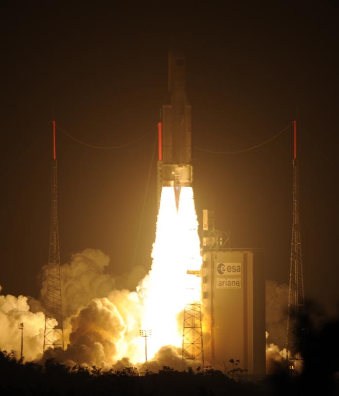 Décollage de la fusée Ariane 5 ES depuis le port spatial de l'Europe, en Guyane, ce vendredi, à 5h34 (heure de Paris). Crédits : ESA/CNES/Arianespace/Optique vidéo du CSG.