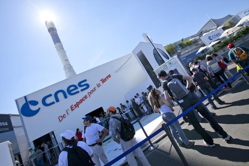 CNES at the 2011 Paris Air Show. Credits: CNES/P. Kolko.