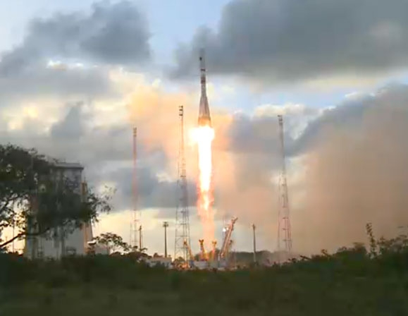 Soyuz launcher lifted off on 3 April 2014 from the Guiana Space Centre at 23h02 (CET) with Sentinel-1A satellite on board. Credits: ESA/CNES/Arianespace/Optique vidéo du CSG.