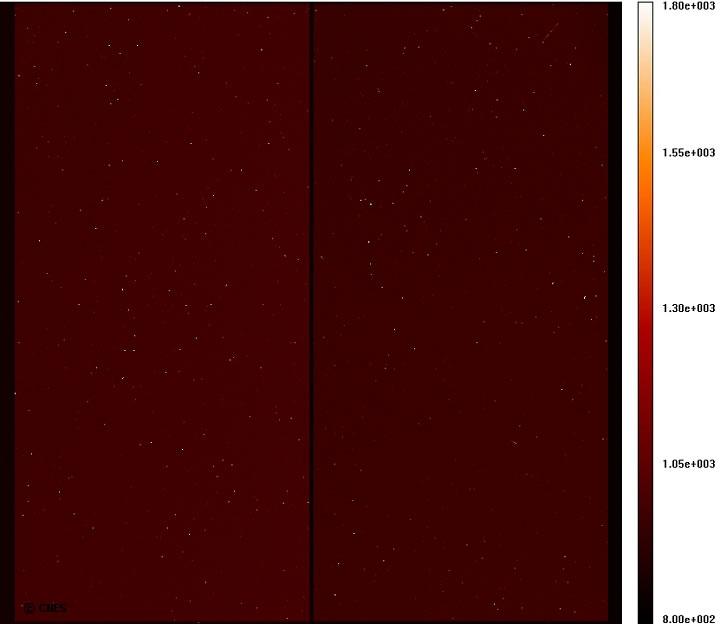 """Acquisition de la première image d'obscurité des CCD. Les points brillants sont des """"pixels chauds"""", présentant un signal de fond plus élevé que leur voisin. On y voit également des impacts de radiations. Image acquise le 3 janvier."""