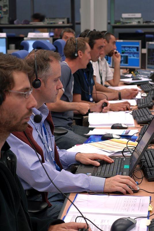 Les équipes du centre de contrôle ATV. Crédits : CNES/B.Guindre.