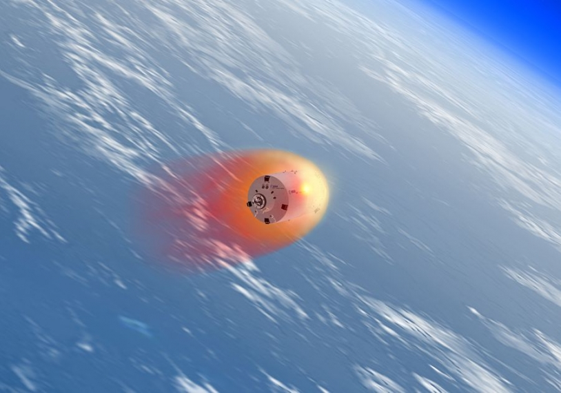 The break-up of the ATV during re-entry will be observed at night using infrared cameras. Credits: ESA/Ill. D. Ducros, 2007.
