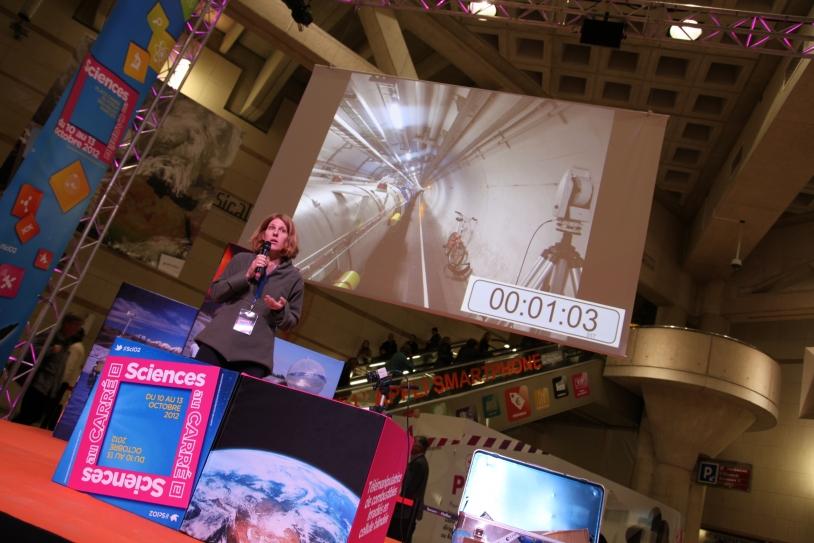 En 2012, le dispositif a avait le public, au Forum des Halles, à Paris. Crédits : CNES/S. Charrier.