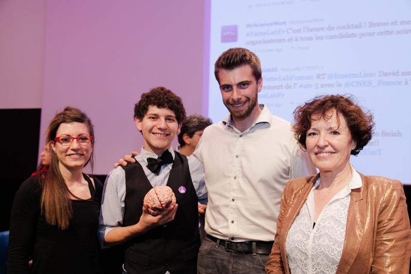Belén Jimenez-Mena, David Davila, Justin Larrouzé et Marie-Anne Clair lors de la finale de FameLab France 2014, le 30 avril, à Paris. Crédits : CNES/G. Boyer.