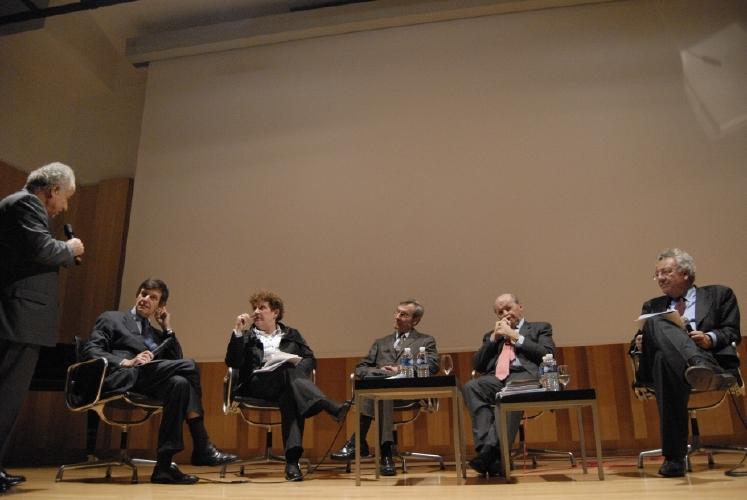 Jean-Pierre Jouyet, Catherine Trautmann, Yannick d'Escatha, Jacques Toubon et Philippe Busquin. Crédits : CNES/C. Urbain.