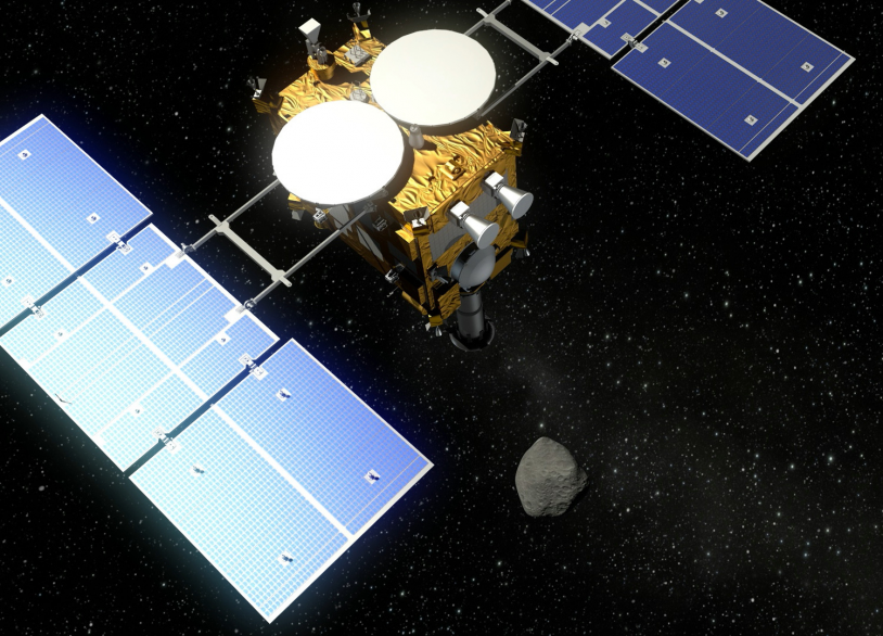 Transportant l'atterrisseur franco-allemand Mascot, la sonde japonaise Hayabusa-2 va rejoindre l'astéroïde 1999 JU grâce à ses 4 moteurs ioniques. Rencontre prévue en 2018. Crédits : DLR