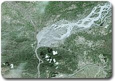 Confluent de l'Indus et de la rivière Kaboul après les inondations, par Spot 5